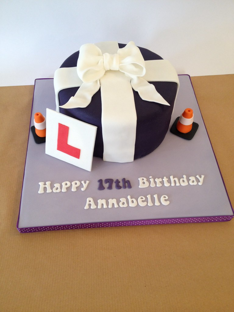 ... L-Plate 17th Birthday Cake | by Dotty Cupcakes & L-Plate 17th Birthday Cake | I had less than 48 hours to mak\u2026 | Flickr