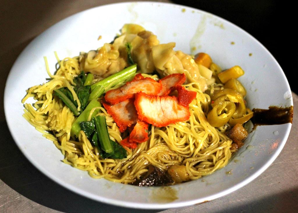 chulia-street-night-market-wanton-mee-penang