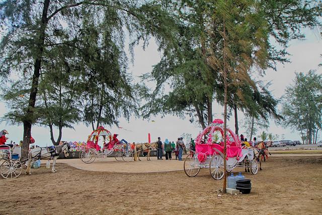Pantai Batu Burok Kuala Terengganu