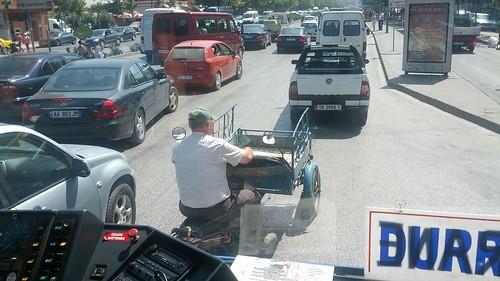 Durres-Tirana: bus