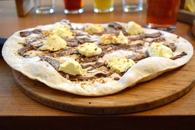 Nutella & Marscapone Pizza at The Stable, Whitechapel | www.rachelphipps.com @rachelphipps