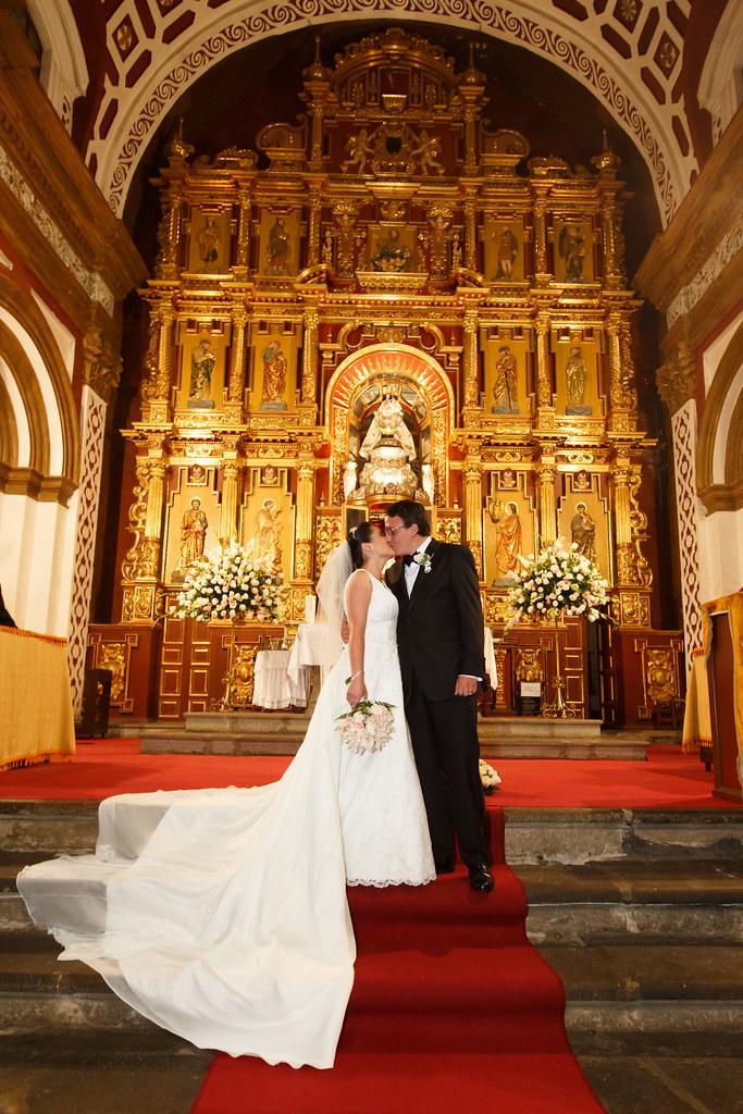 Matrimonio Catolico Liturgia : Boda en quito iglesia de guapulo
