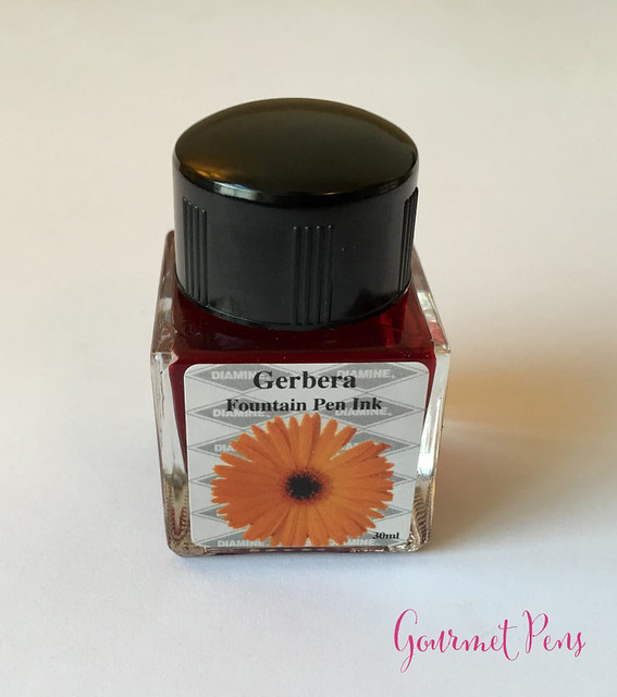 Ink Shot Review Diamine Flowers Gerbera @AppelboomLaren 8