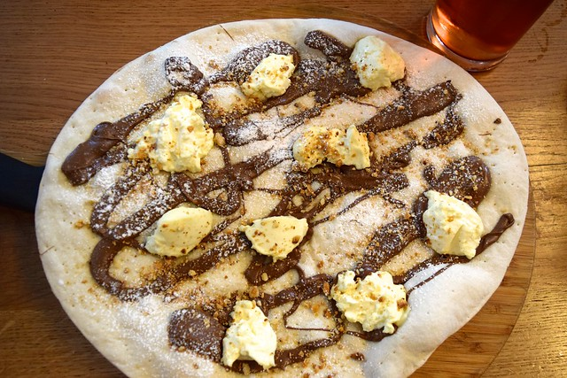 Nutella Pizza at The Stable, Whitechapel | www.rachelphipps.com @rachelphipps