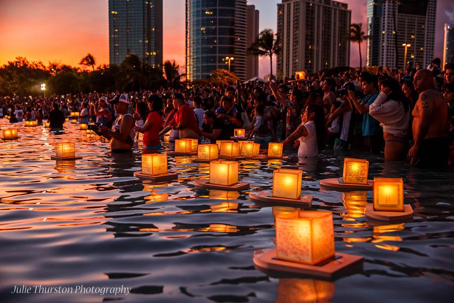 japanese floating lantern ceremony memorial day hawaii
