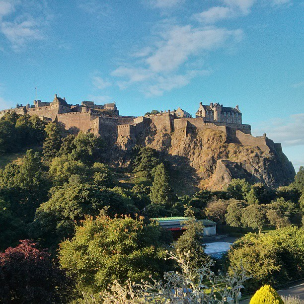 Good morning from Edinburgh! #edinburgh #castle #sunny #summer #festival