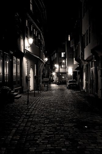 Dark Alley | Low key of one of Esslingen's alleys ...