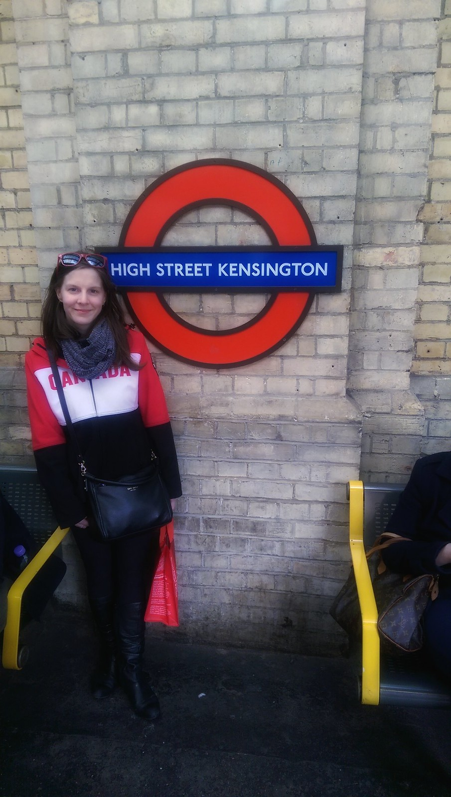 High Street Kensington Tube Stop-01