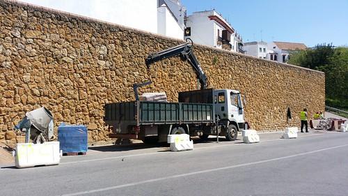 AionSur 34092676335_ab1fe61c71_d Comienza la construcción de un camino peatonal que conectará las puertas de Sevilla y de Córdoba Carmona Provincia