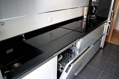Dise o de cocinas en mostoles cocina con puente rey gris c for Diseno de cocinas 3d gratis
