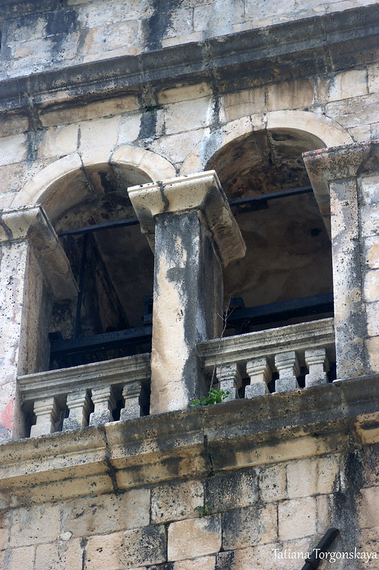 Окна колокольни