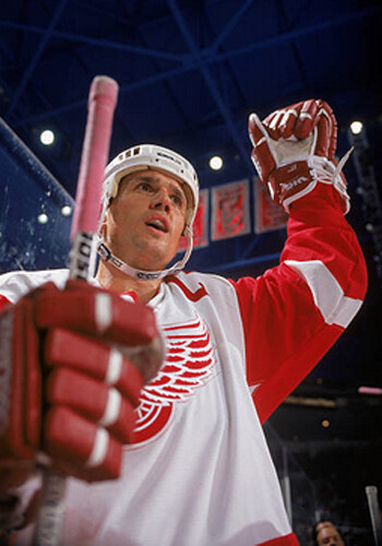 Yzerman Red Wings 3