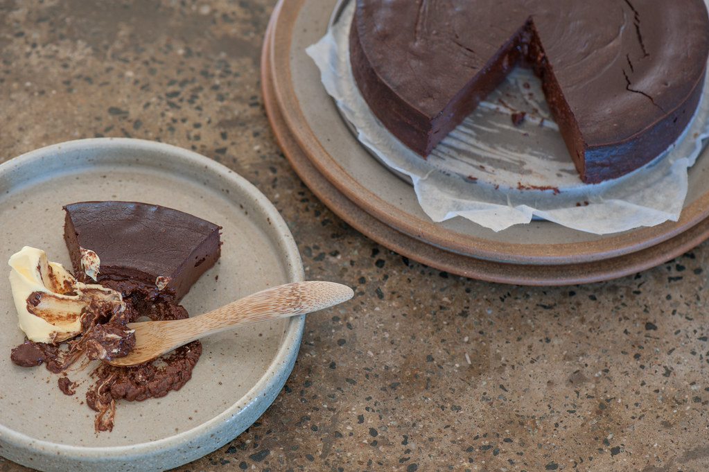 Silky Chocolate Fondant Cake-2