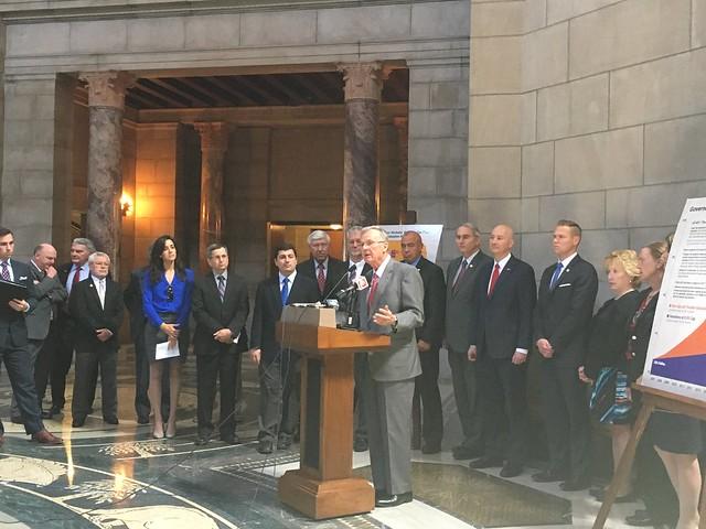 Gov. Ricketts, Nebraskans Push for Tax Reform
