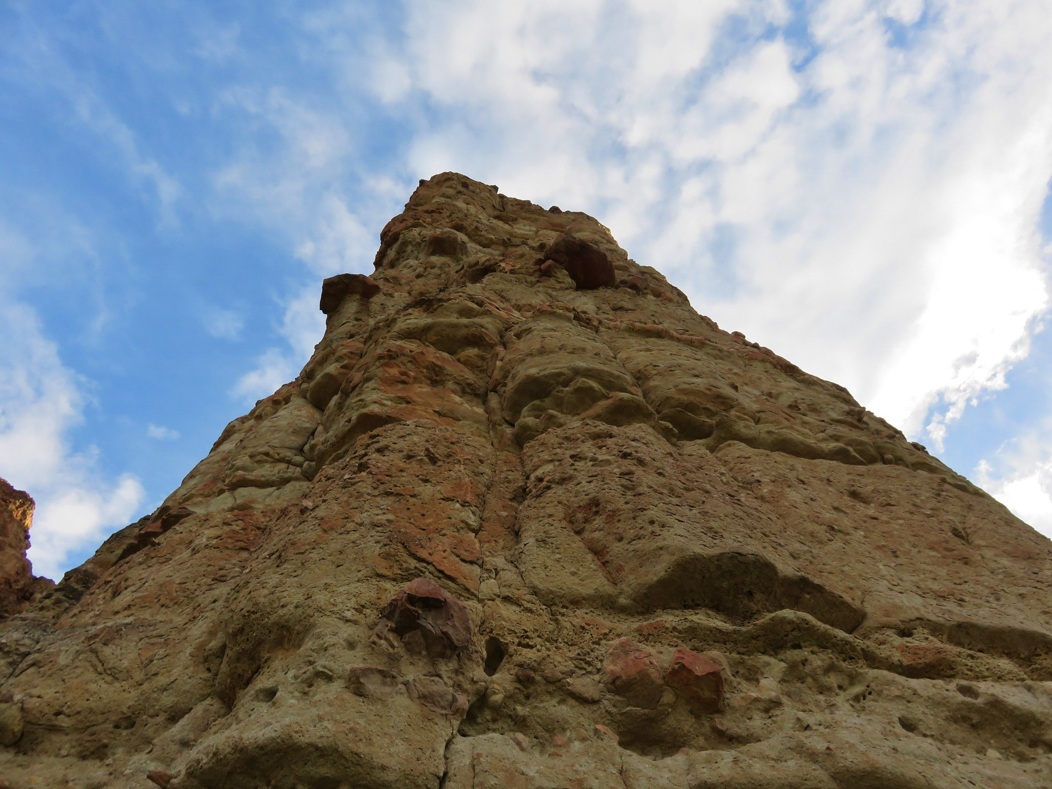 Rock pillar Clarno Unit - John Day Fossil Beds