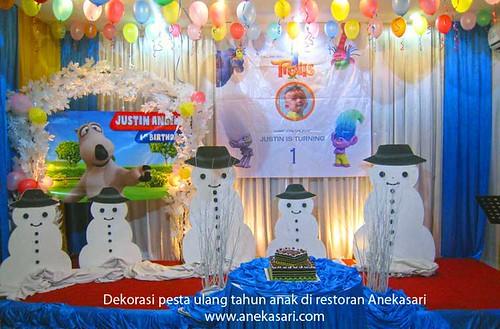 acara Hari Ultah di restoran Aneka Sari