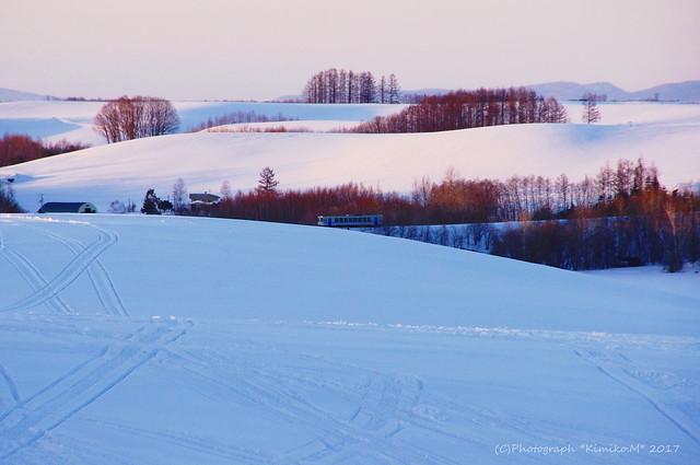 丘の鉄道風景1