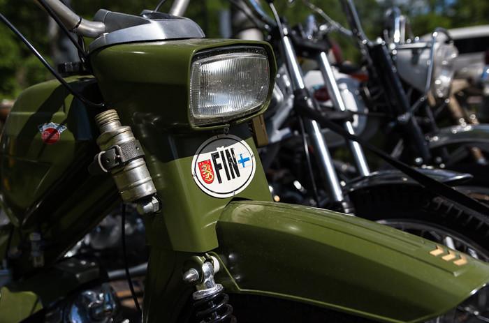 vihreä vanha moottoripyörä vintage old school fin merkki