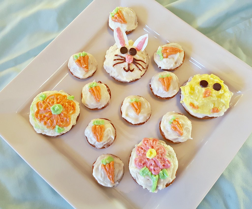 Easter cupcakes carrot cake cream cheese frosting