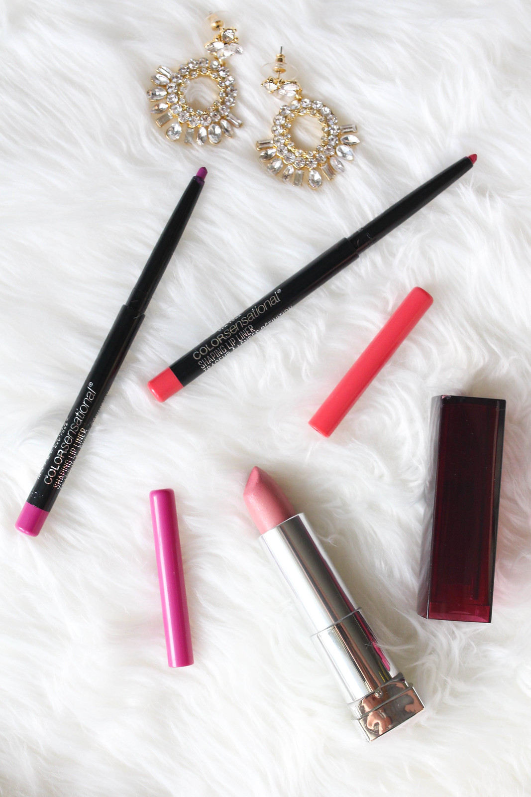 Maybelline Color Sensational Shaping Lip Liner in Wild Violets and Pink Coral Maybelline Color Sensational Lip Color in Born with It