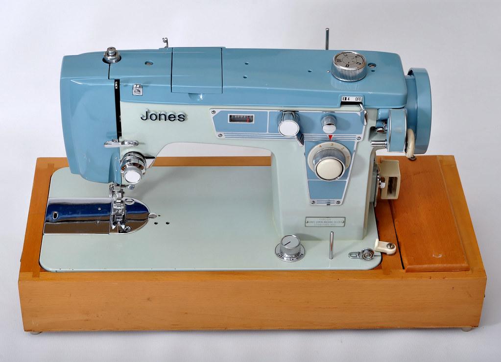 Jones 40 Jones 40 Zigzag Sewing Machine Similar To 40 Flickr Interesting Jones Sewing Machine