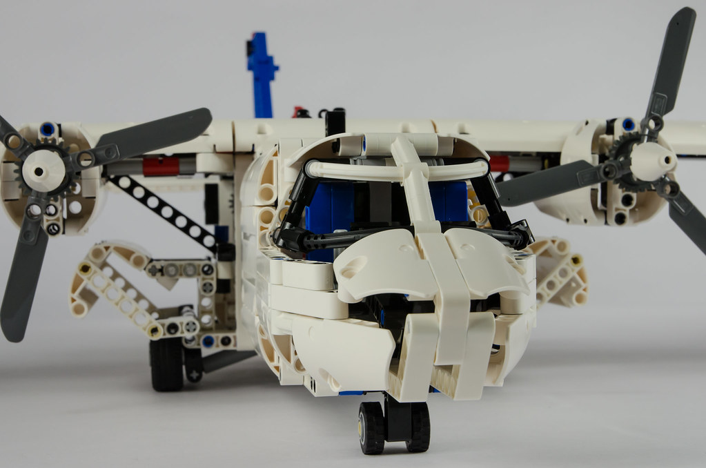 Topic7384 in addition P1736 as well Index additionally Heavy Lift Helicopter 42052 besides 11131848646. on lego technic heavy lift helicopter