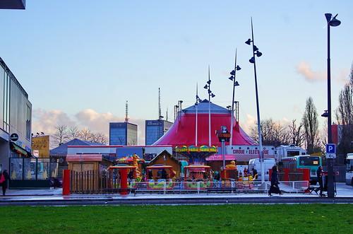 Paris porte des lilas 67 le cirque electrique pascal - Le cirque electrique porte des lilas ...