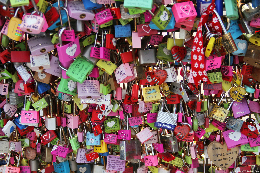 32728237414 1ab684cee1 b - Seoul-ful Spring 2016: Playing Lovers in Korea at N Seoul Tower