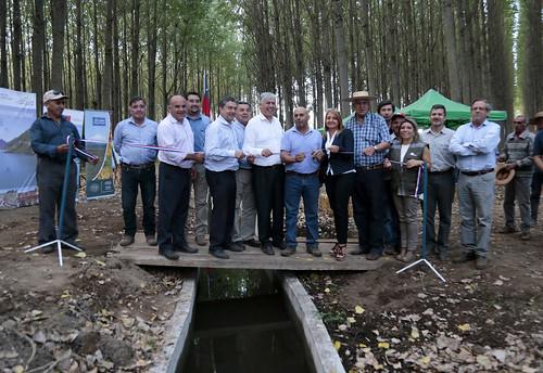 Inauguración del revestimiento del Canal Retiro derivado Progreso