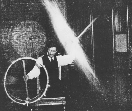 Rare-photos-of-Nikola-Tesla-14