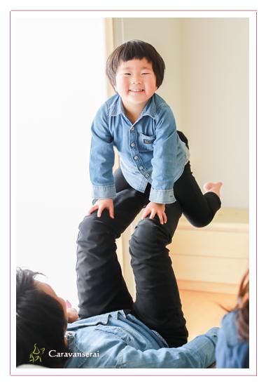 新築住宅写真,和風住宅,子供,誕生日記念,男の子の兄弟,出張撮影,バースデーフォト,写真スタジオ,愛知県瀬戸市,オススメ,人気,出張撮影
