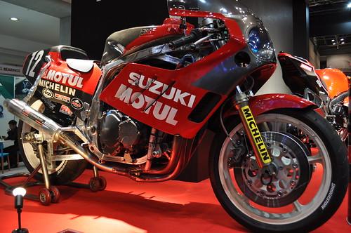 YOSHIMURA SUZUKI GSX-R