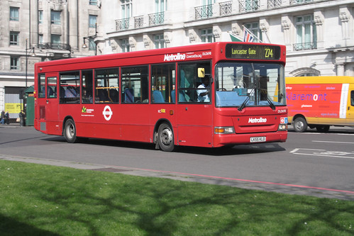 Metroline DLD698 LK55KLO
