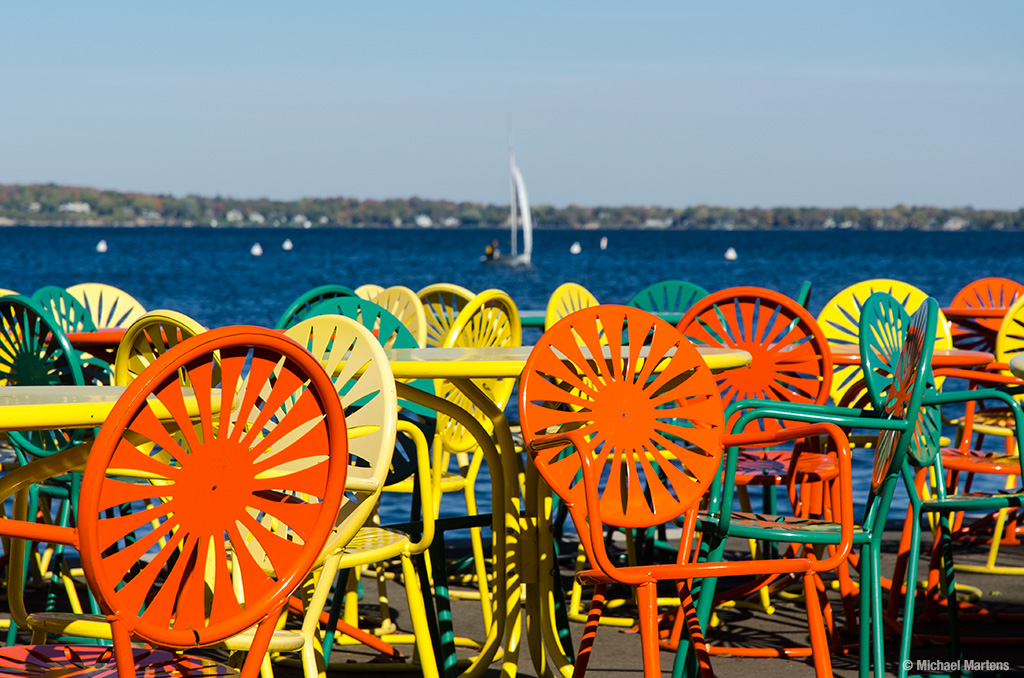 Sunny day memorial union terrace brightly colored for Terrace uw madison
