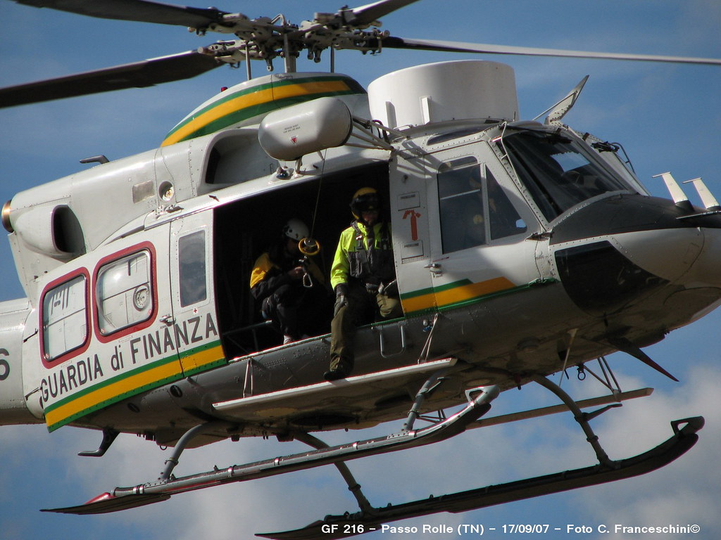 Elicottero Gdf : Elicottero agusta protez civile