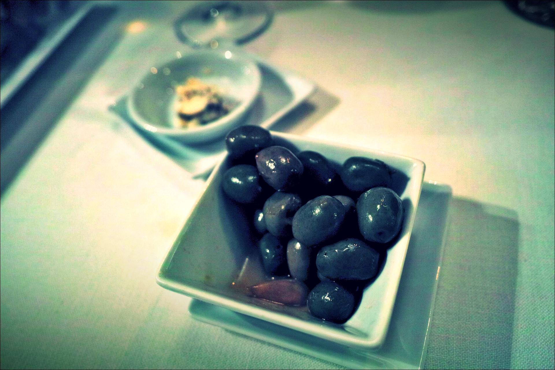 올리브-'자카란다 레스토랑, 산탄데르(Restaurante Jacaranda, Santander)'