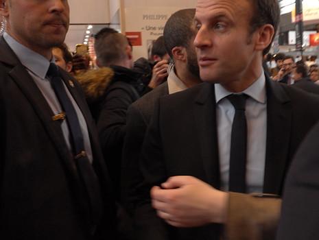 17c24 Macron Salón del Libro_0045 variante Uti 465