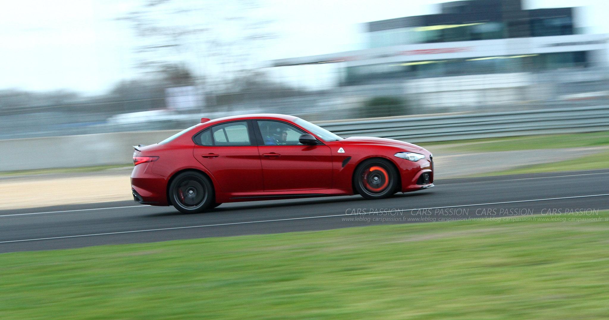 Exclusive Drive 2017- Alfa Romeo Giulia QV track