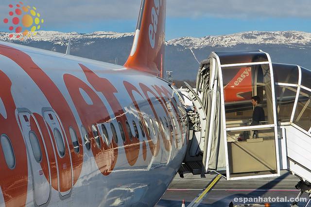 low-cost easyjet