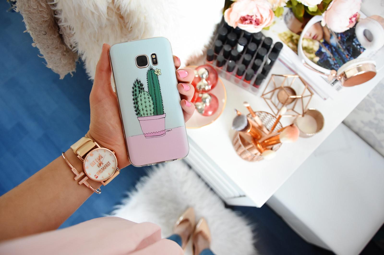 Cacti design phone case