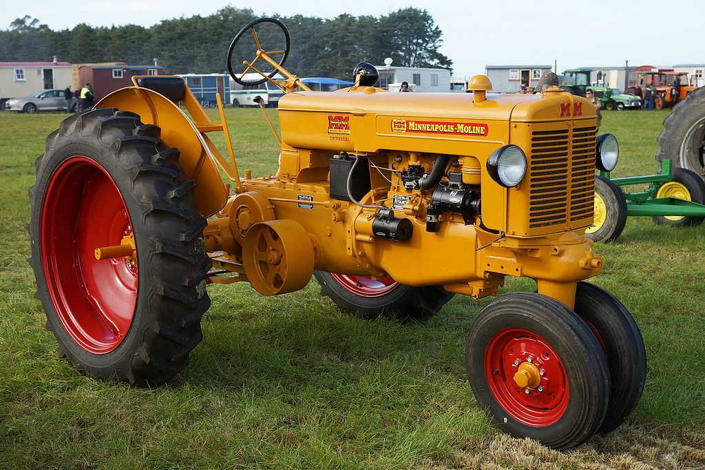 Antique Minneapolis Moline Tractors Pictures To Pin On Pinterest Pinsdaddy