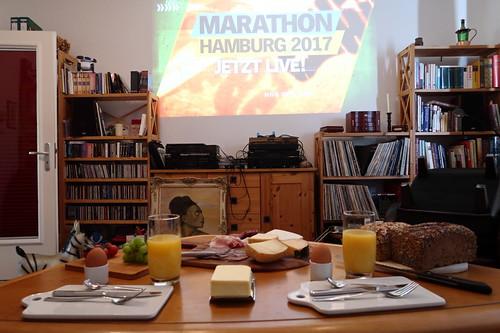 Frühstück bei der Übertragung des Marathon 2017 in Hamburg