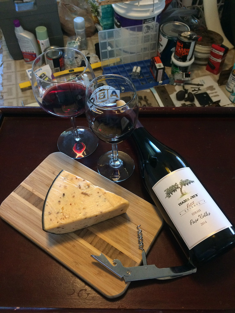 Trader Joe's Petit Reserve Syrah and Bacon Cheddar