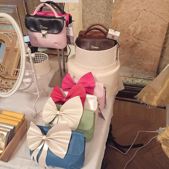 BID Blogger Bloggaaja Lifestyle Tyyli Muoti Päivä Kuvina my day Fashion Style blog travelling Helsinki Joensuu bloggaaja Cobblerina laukut kotimaiset nahkalaukut rusettilaukku