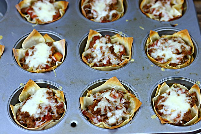 Muffin tin taco cups tin