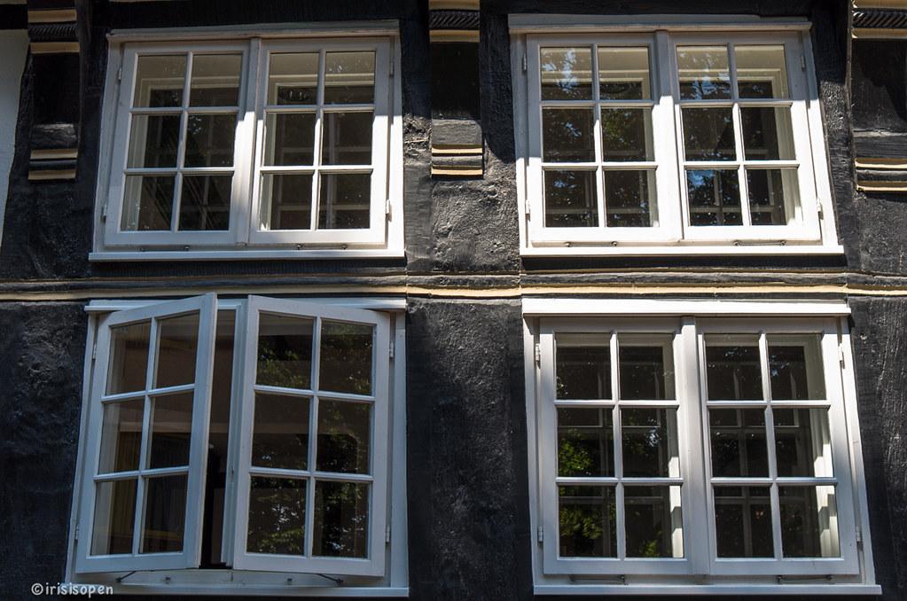 Deutschland 2013 eins ist offen fenster windows le for Fenster offen