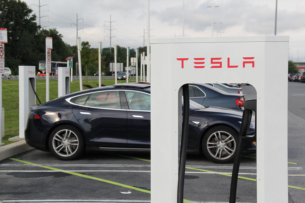 Tesla Stock Chart: Charging Tesla Model S | If you use this photo with Creativeu2026 | Flickr,Chart