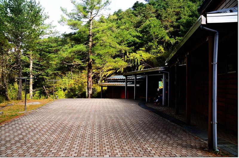 鹿林山莊上方公廁
