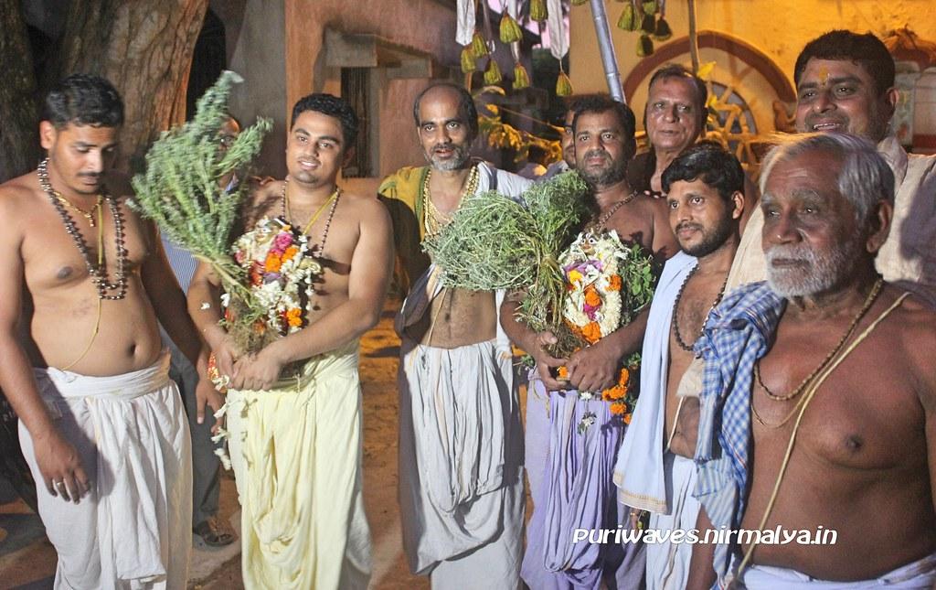Damanaka Chaturdasi – Dayana Chori Ritual