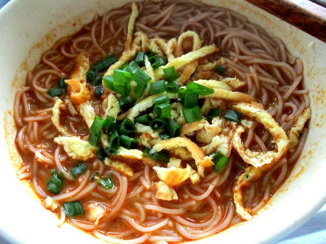 Lee Fah Sarawak laksa, ready to eat 2